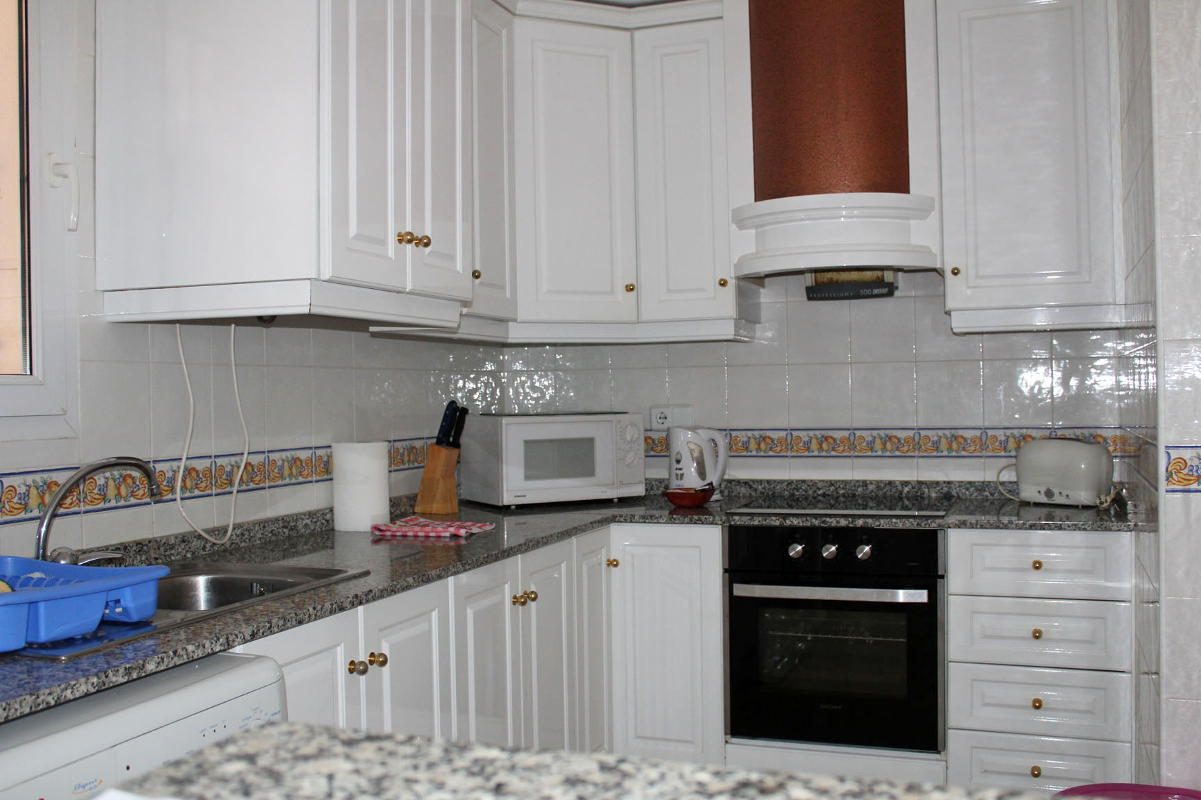 ITSH Property Fully fitted kitchen 5