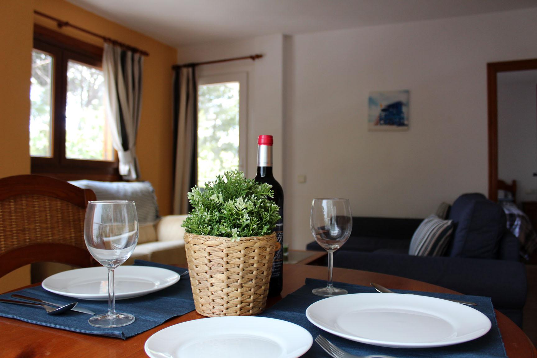 ITSH Property Spacious 1 bed apartment Villamartin Plaza 1