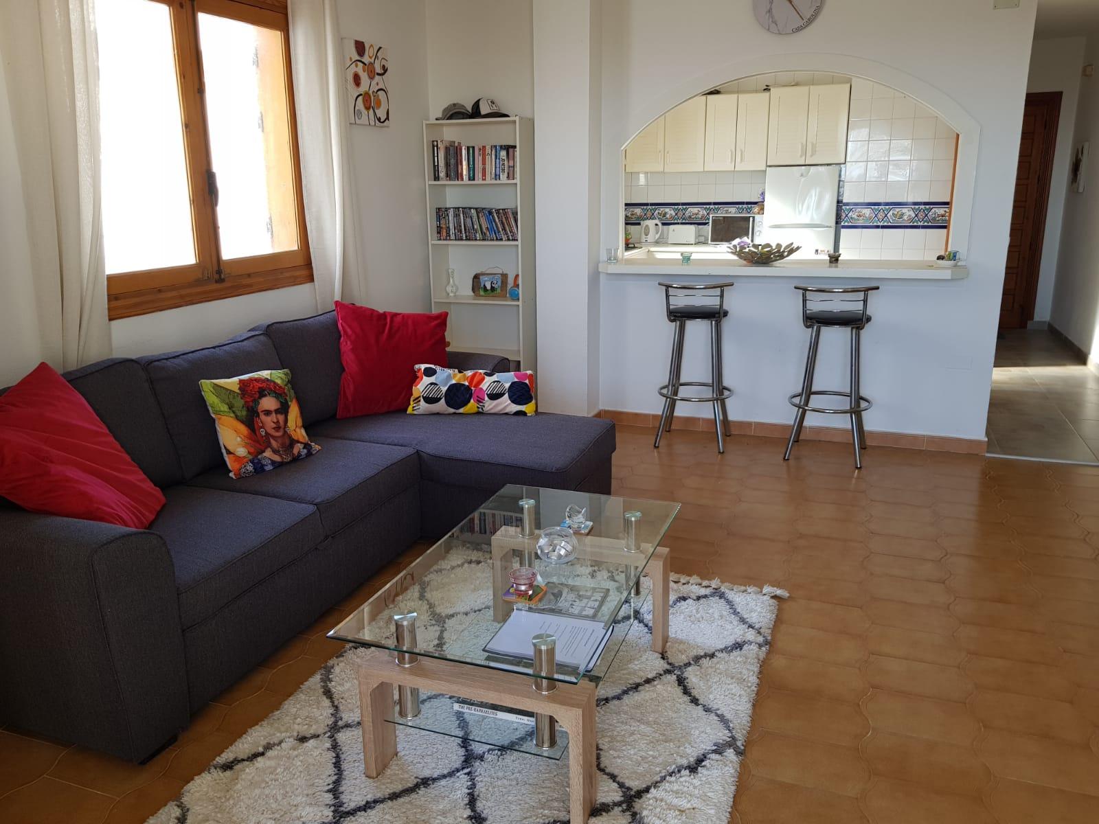 ITSH Property Spacious living room 1