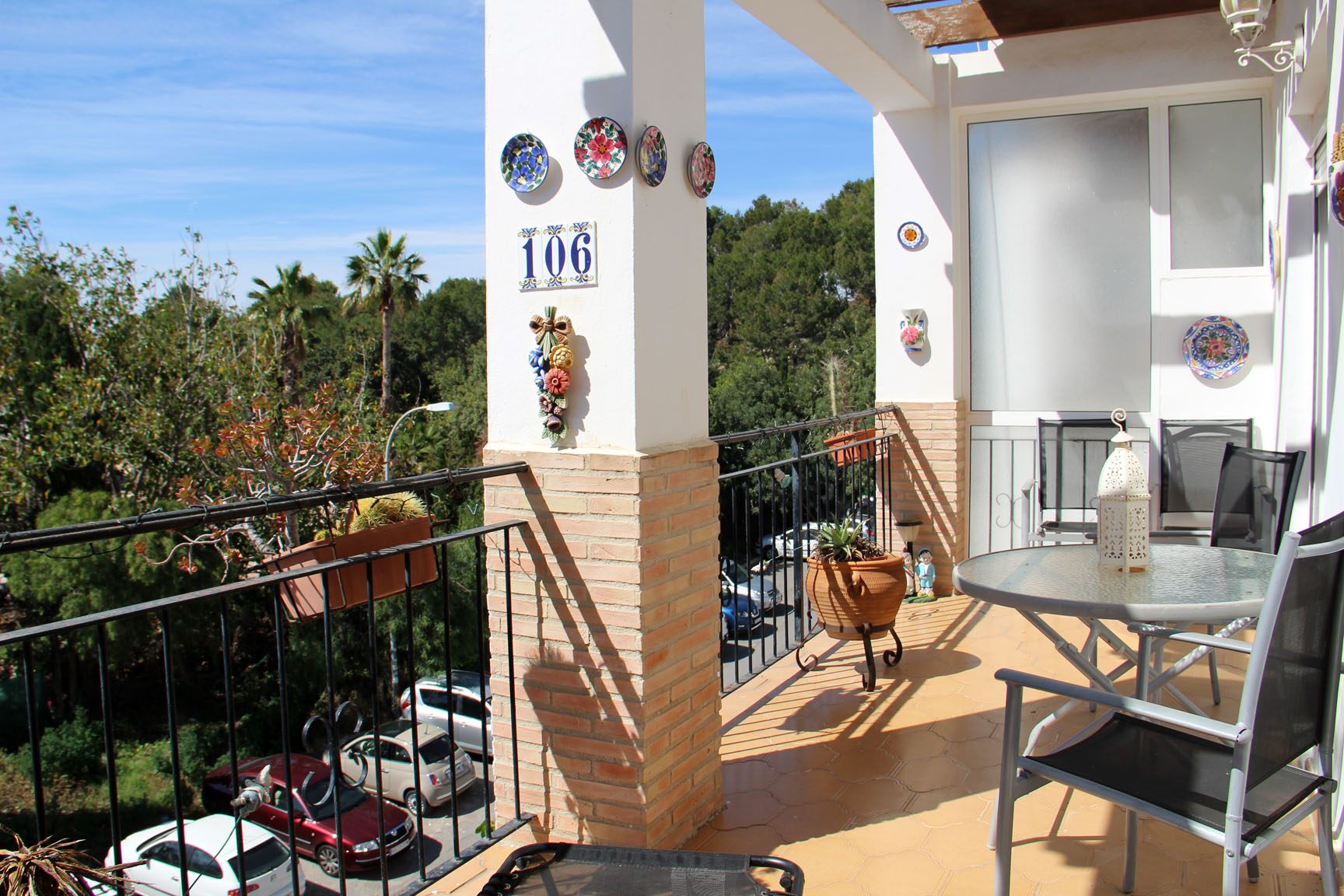 ITSH Property Large south facing balcony with sun all day 1