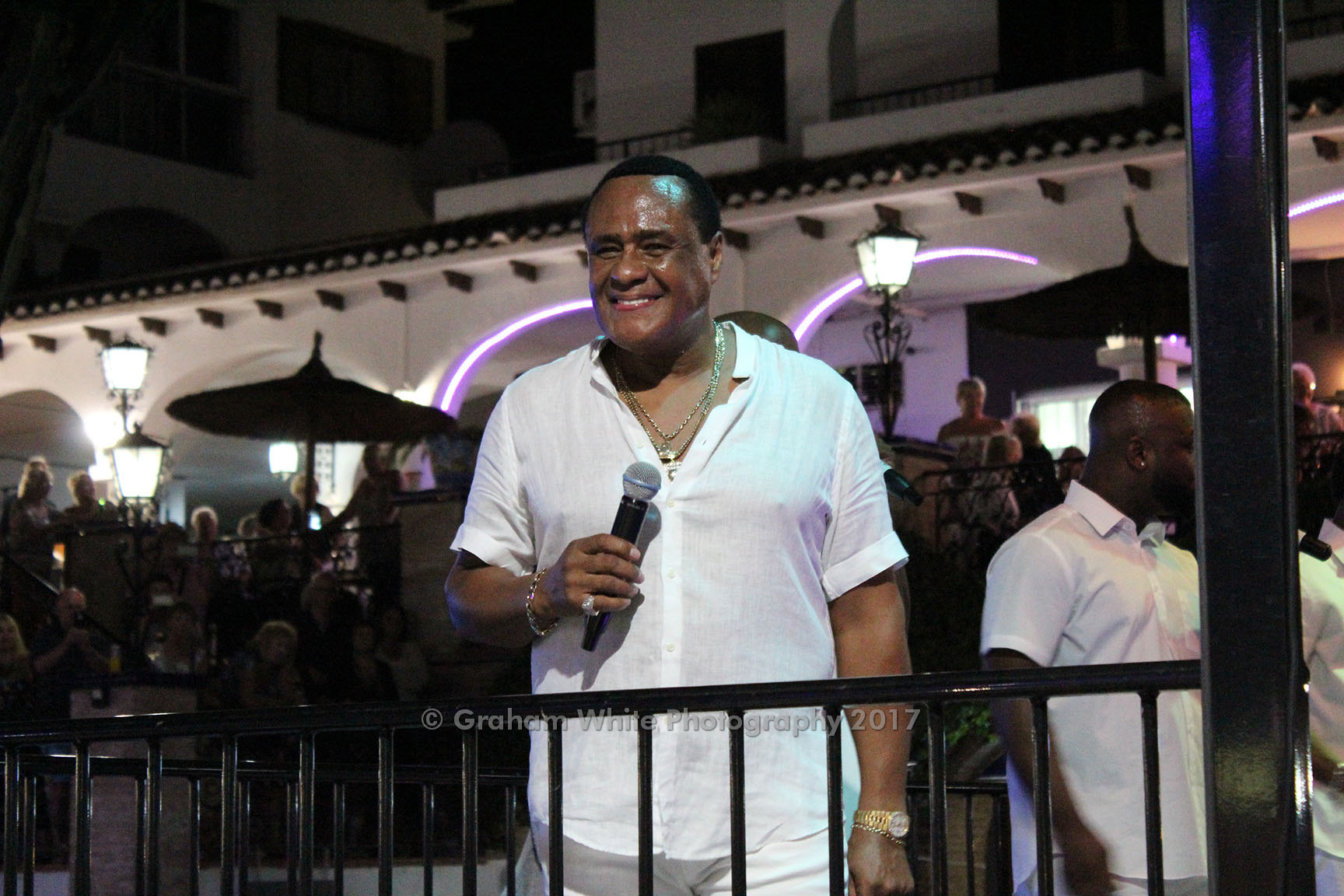 ITSH Property Big stars in the Villmartin Plaza such as Ray Lewis 11