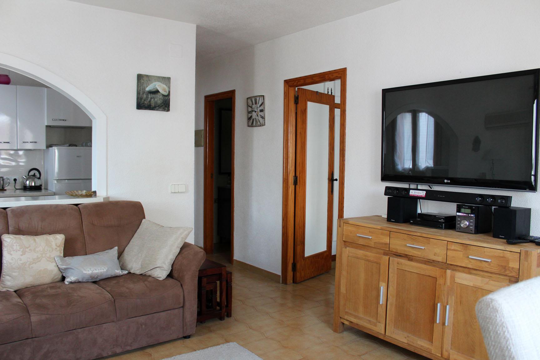 ITSH Property Full UK TV package and flat screen tele 5
