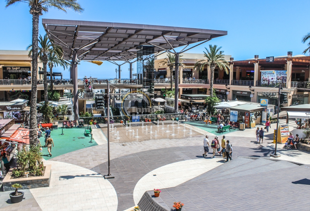ITSH Property Zenia Blvd shopping centre 18