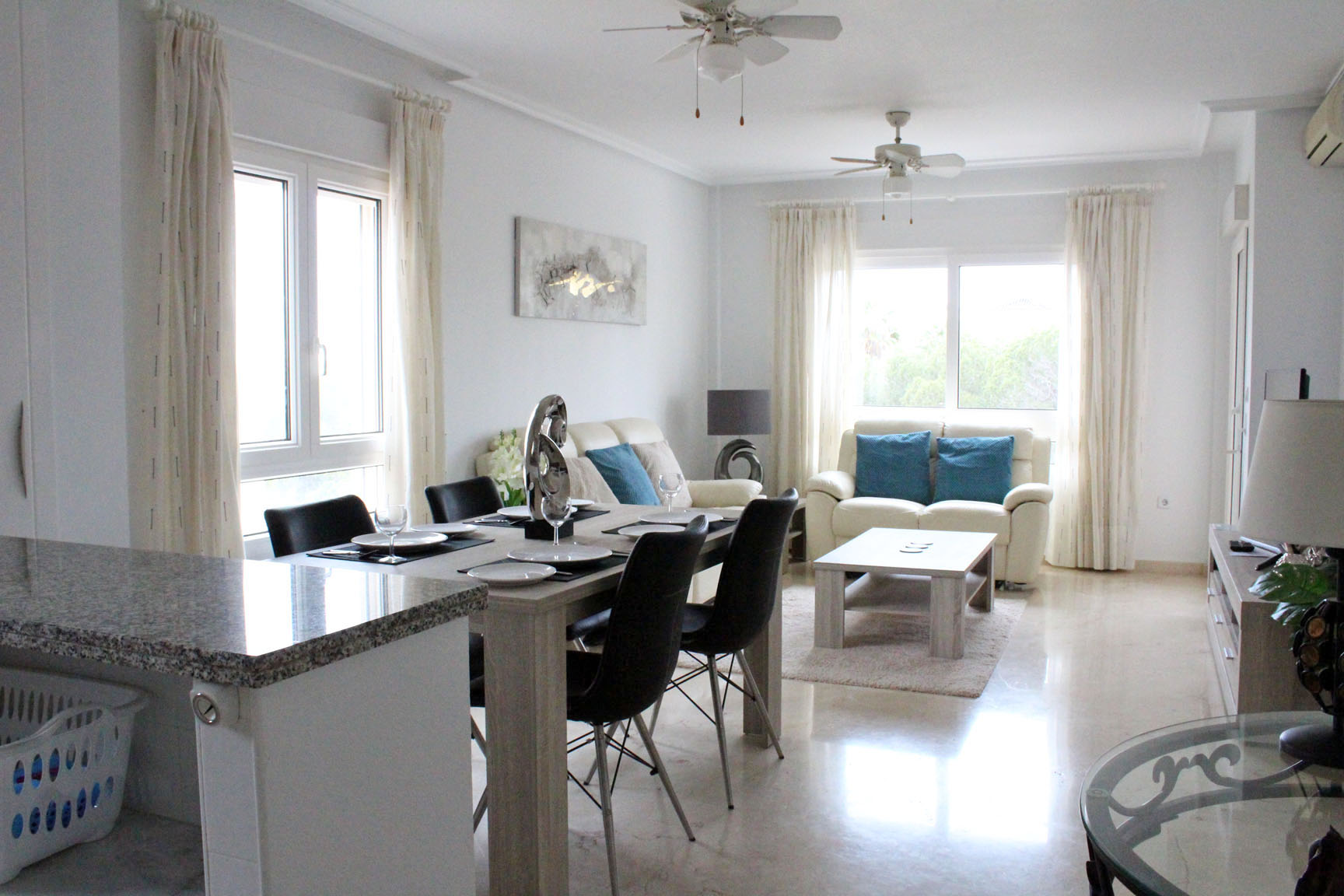 ITSH Property Large apartment perfect for holidays 3