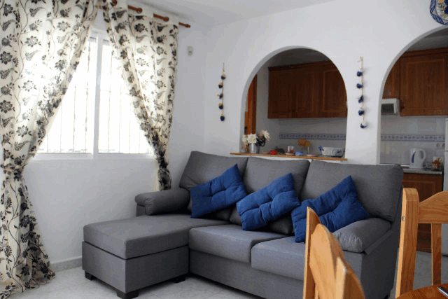 itsh 1522076149FBYWJK ref 1710 mobile 6 Living room of the apartment Villamartin