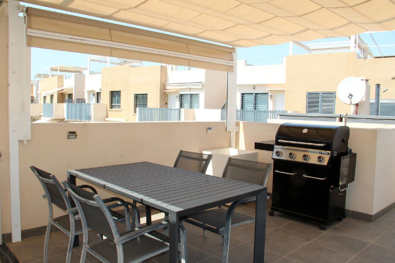itsh 1632172264OFCWJT ref 1771 mobile 3 Dining and BBQ on the solarium La Zenia