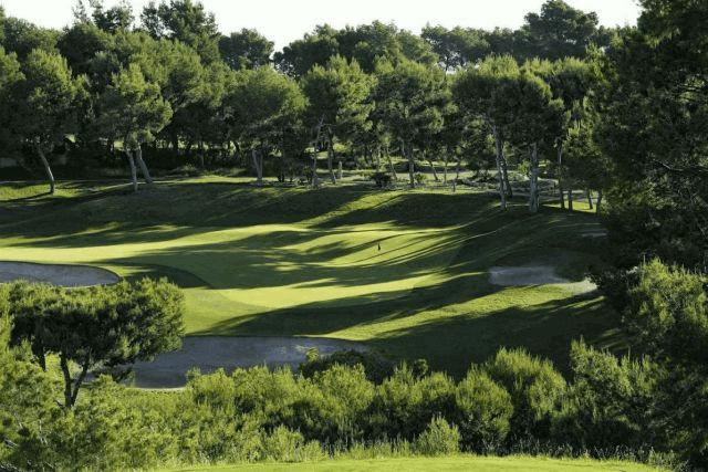 itsh 1578332977JCAXUS ref 1753 mobile 18 Villamartin Golf Course next door Villamartin