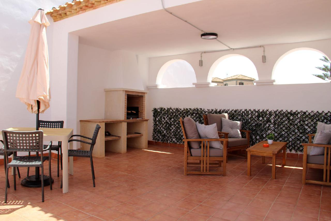 itsh 1626990600YRKJUD ref 1766 mobile 15 Dining and BBQ in the Private Solarium Villamartin
