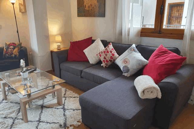 itsh 1553961649MKNUEA ref 1734 mobile 4 Spacious living room FREE WIFI Villamartin Plaza