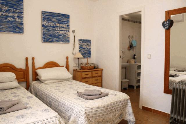 itsh 1554131329TLDQOX ref 1741 mobile 8 Master bedroom Villamartin Plaza