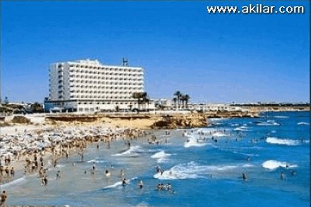 itsh 1555673258AFZGHJ ref 637 mobile 16 La Zenia Beach Villamartin Plaza
