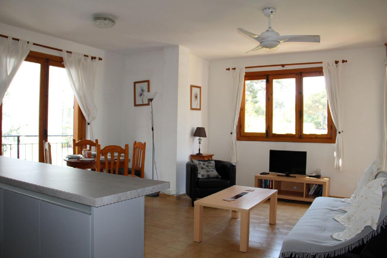 itsh 1521811608XWKVNQ ref 7 mobile 2 Large open plan living room Villamartin Plaza