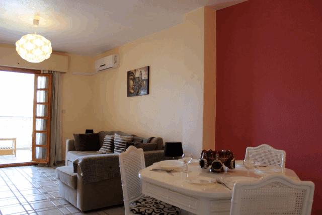 itsh 1522066085QGDZPF ref 1714 mobile 4 Spacious living room and dining area Villamartin Plaza