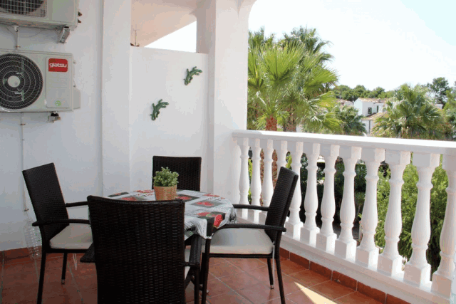 itsh 1601326987YFJCWM ref 1762 mobile 3 Large west facing balcony overlooking the pool Villamartin