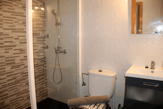 itsh 1522076149FBYWJK ref 1710 mobile 14 Full modern shower room Villamartin