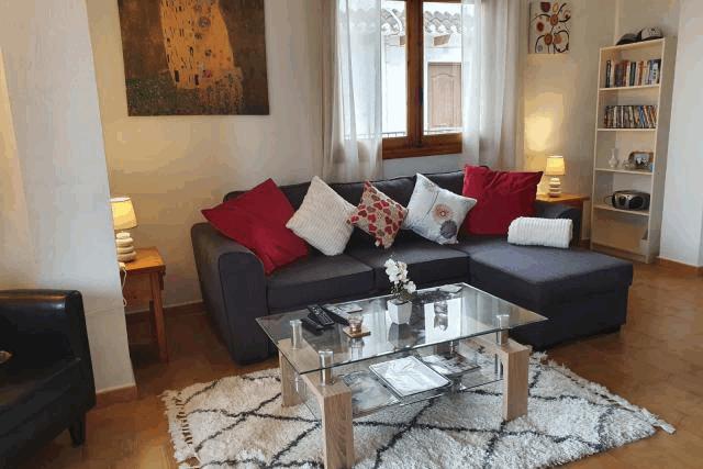 itsh 1553961649MKNUEA ref 1734 mobile 3 Spacious living room Villamartin Plaza