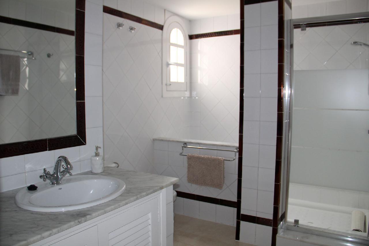 itsh 1623879163GXYZTF ref 1765 mobile 8 Full shower room Villamartin Plaza