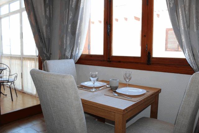 itsh 1522133366LVTRJM ref 1724 mobile 6 Dining area for two Villamartin Plaza