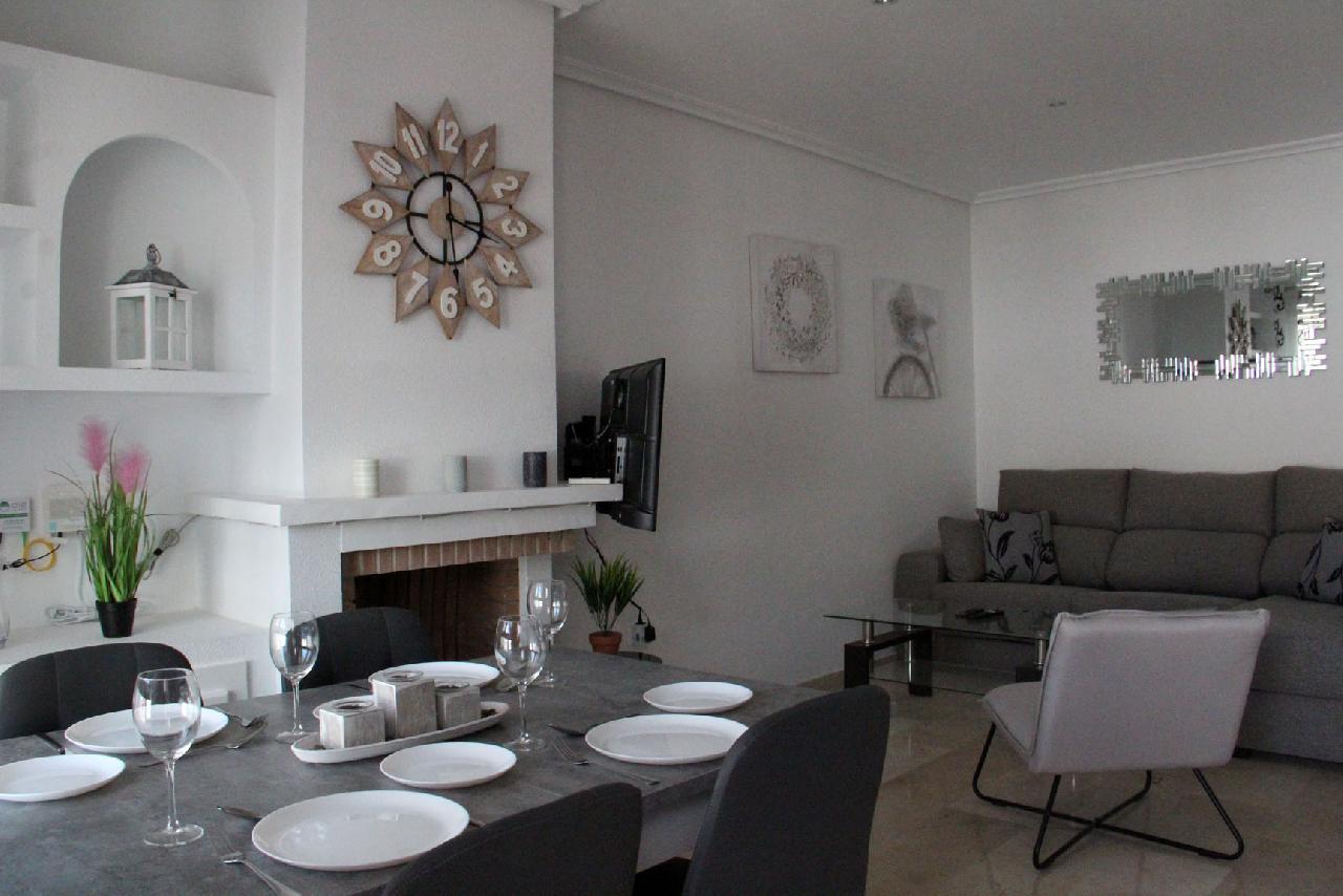 itsh 1626990600YRKJUD ref 1766 mobile 7 Dining Area and Living Room Villamartin