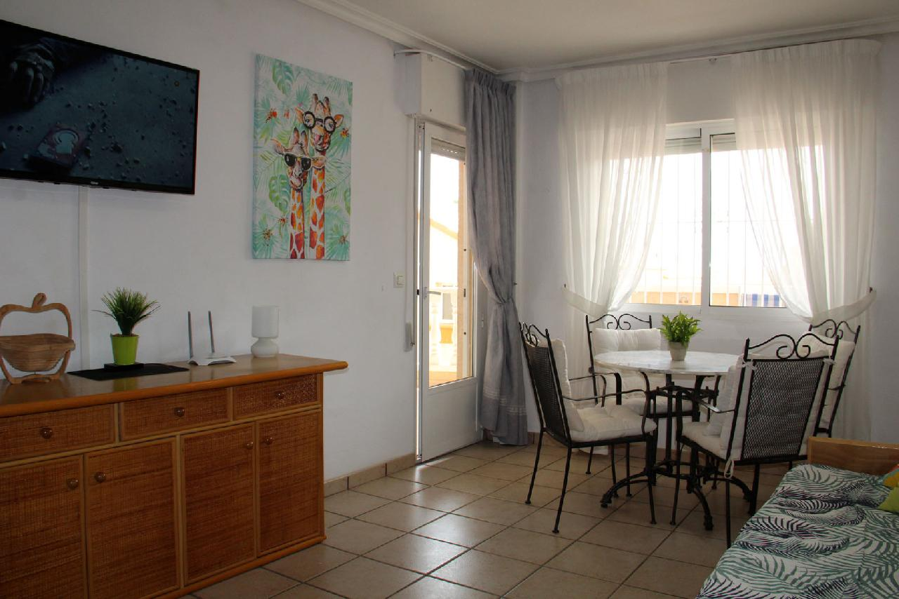 itsh 1629758820XRZLEF ref 1767 mobile 2 Spacious living room and dining area Cabo Roig