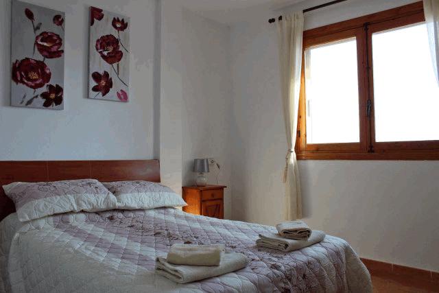 itsh 1553961649MKNUEA ref 1734 mobile 9 Double master bedroom Villamartin Plaza
