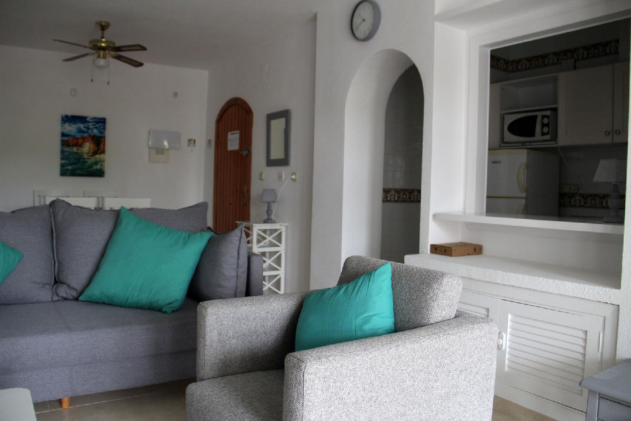 itsh 1623879163GXYZTF ref 1765 mobile 5 Large living room for the apartment Villamartin Plaza
