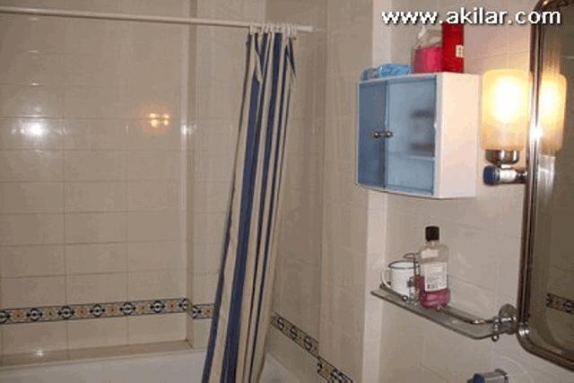 itsh 1555673258AFZGHJ ref 637 mobile 19 En Suite Bathroom Villamartin Plaza