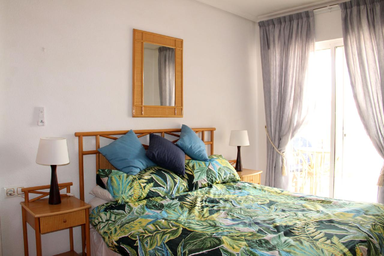 itsh 1629758820XRZLEF ref 1767 mobile 8 Large double bedroom Cabo Roig