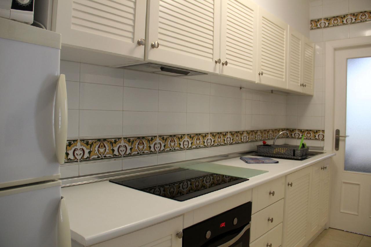 itsh 1623879163GXYZTF ref 1765 mobile 6 Full American Style kitchen Villamartin Plaza