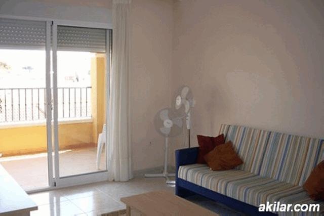 itsh 1553589344PVIFKX ref 1109 mobile 4 Large living room with UK TV Villamartin