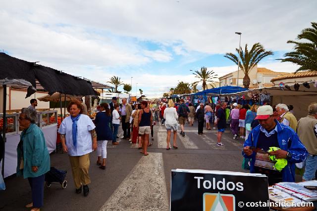 itsh 1521898492FAXKDE ref 1693 mobile 24 Local Saturday market Villamartin Plaza