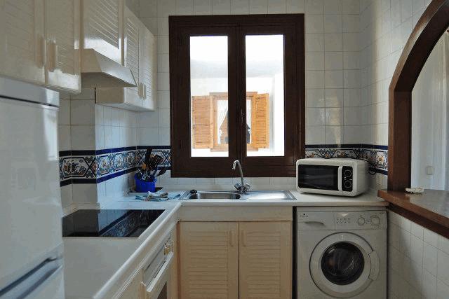 itsh 1521901332FXBPML ref 1698 mobile 6 Large American style kitchen Villamartin Plaza