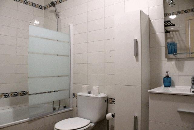 itsh 1553961649MKNUEA ref 1734 mobile 11 Full family bathroom Villamartin Plaza