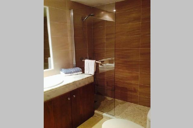 itsh 1631314728WBIAPF ref 1769 mobile 14 Large family shower room Punta Prima
