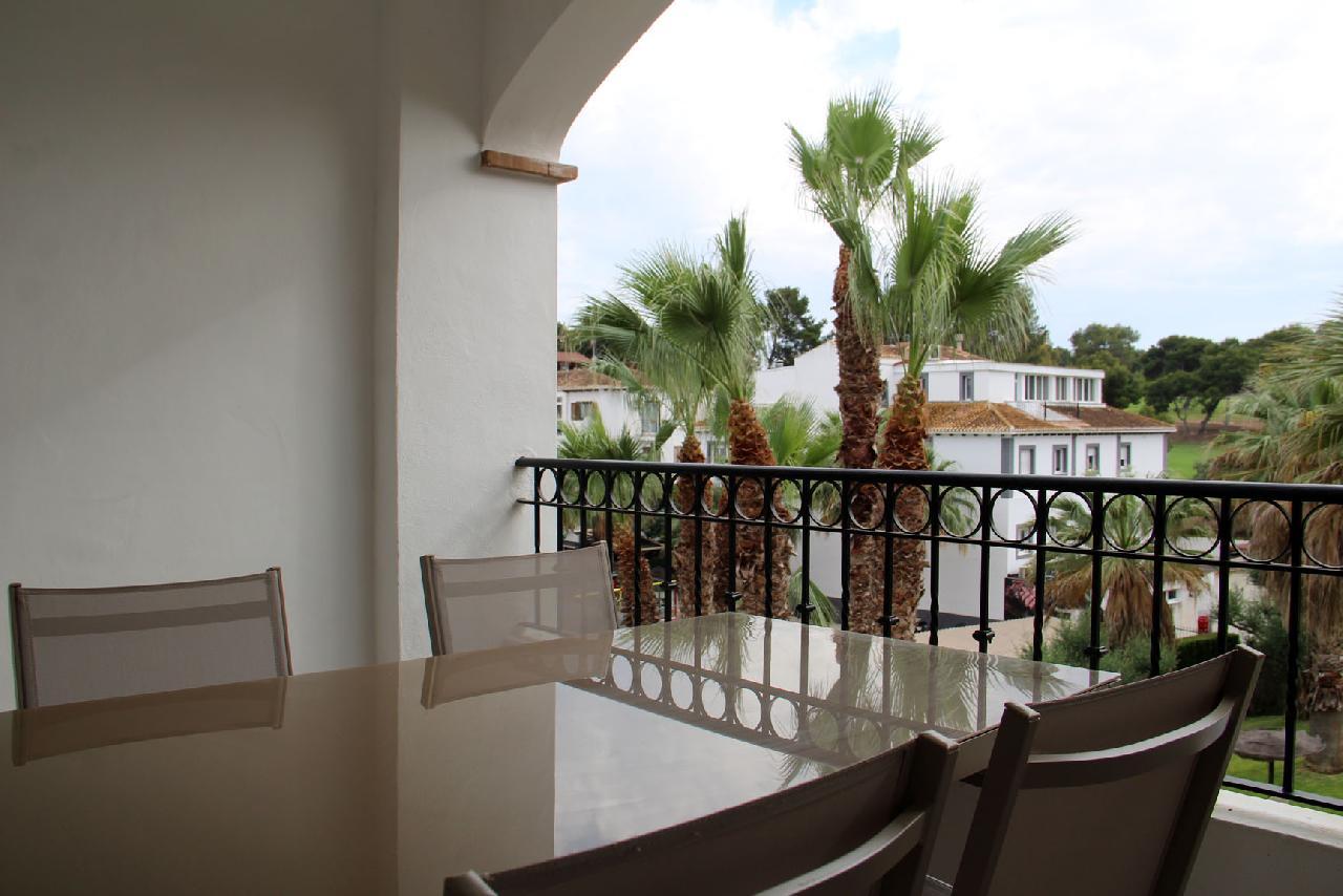 itsh 1623879163GXYZTF ref 1765 mobile 10 Large balcony overlooking the communal pool Villamartin Plaza