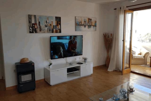 itsh 1553961649MKNUEA ref 1734 mobile 5 Flat screen TV with full UK chanels Villamartin Plaza