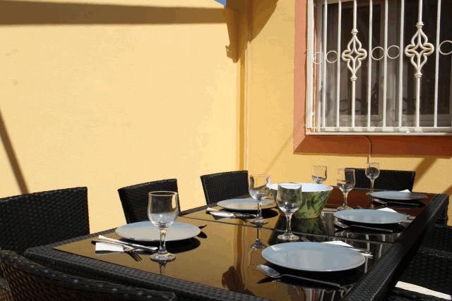 itsh 1573332353HUYLBQ ref 1750 mobile 7 Outdoor dining under the stars El Galan