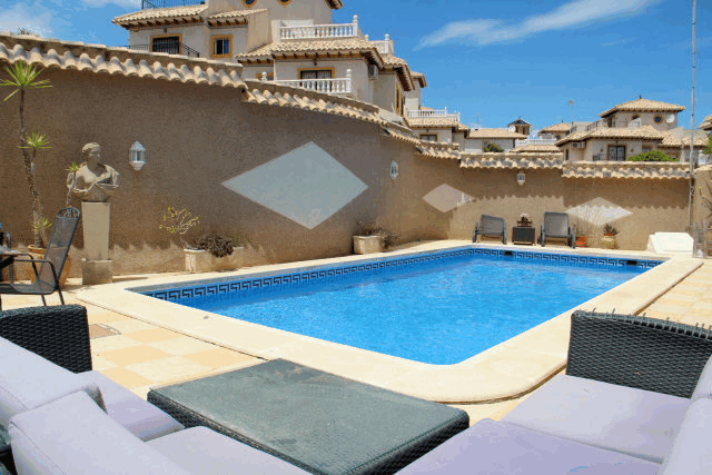 itsh 1591917851KBDQSH ref 1760 mobile 19 Private pool for the villa Villamartin