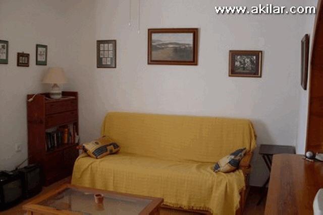 itsh 1555673258AFZGHJ ref 637 mobile 3 Living Room Villamartin Plaza