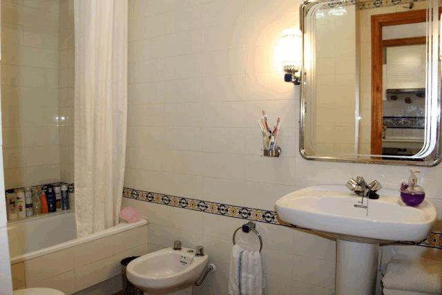 itsh 1573260885CPLUHS ref 1747 mobile 8 Full family bathroom Villamartin Plaza