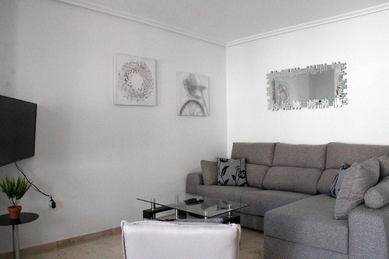 itsh 1626990600YRKJUD ref 1766 mobile 5 Spacious Living Room WIFI Int'l TV Villamartin