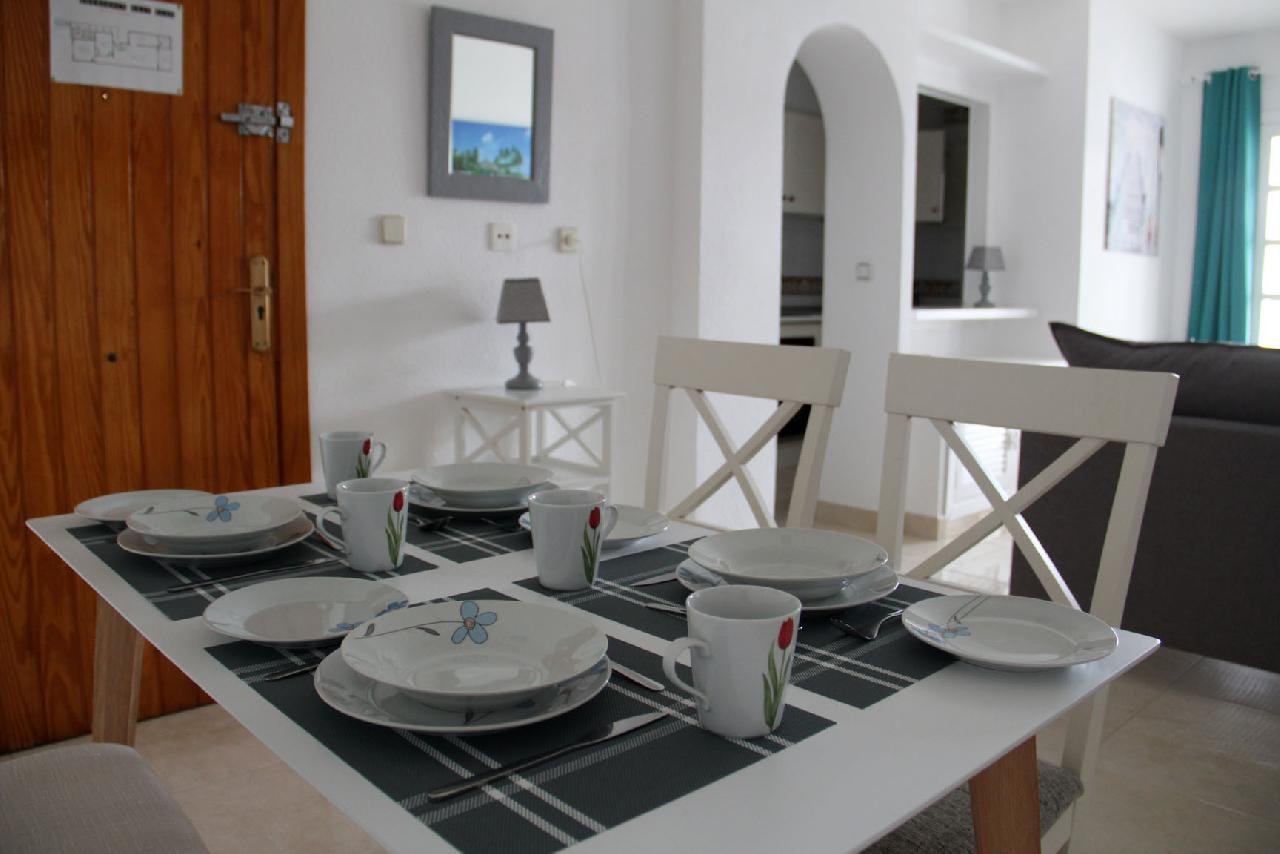 itsh 1623879163GXYZTF ref 1765 mobile 9 Dining area or four Villamartin Plaza