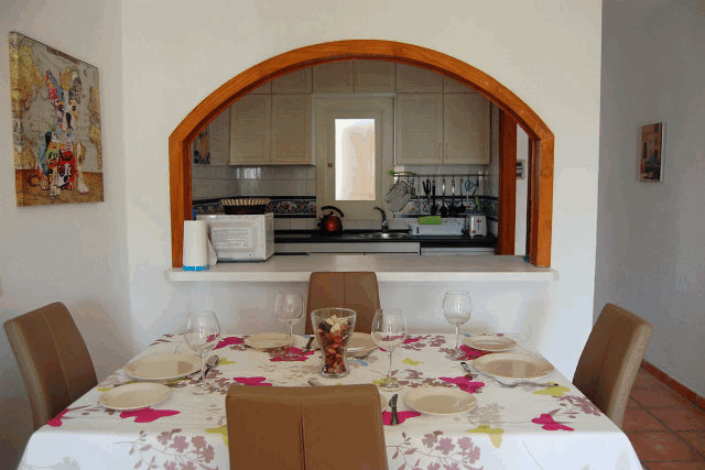 itsh 1522050560HTILRA ref 1704 mobile 7 Dining area for 4 in the apartment Villamartin Plaza