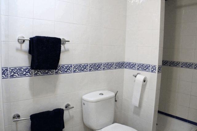 itsh 1601326987YFJCWM ref 1762 mobile 8 Ensuite shower to master bedroom Villamartin