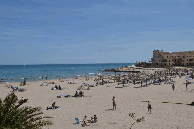 itsh 1578332352KSEGNA ref 1754 mobile 14 La Zenia Beach 2 klm away Los Dolses