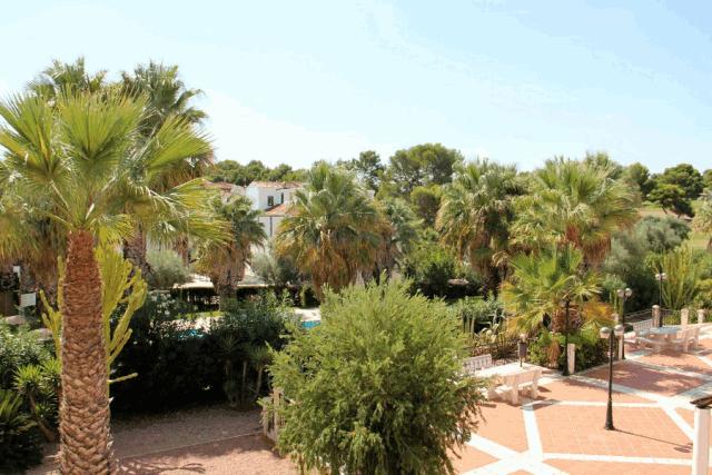 itsh 1601326987YFJCWM ref 1762 mobile 11 Views from the balcony Villamartin