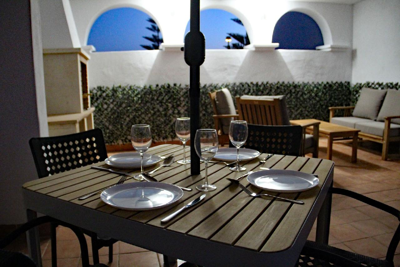 itsh 1626990600YRKJUD ref 1766 mobile 1 Private Solarium For Dining and Relaxing Villamartin