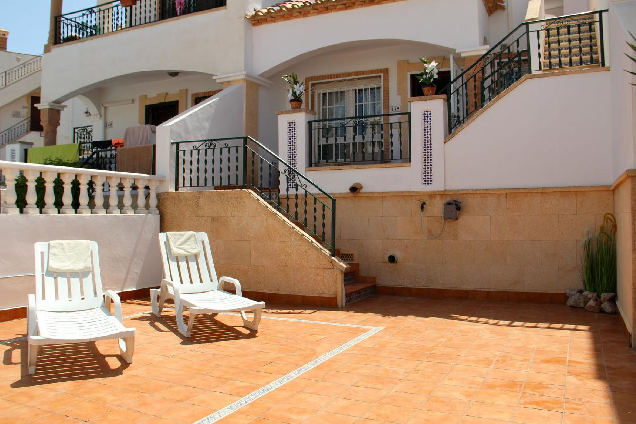 itsh 1626990600YRKJUD ref 1766 mobile 4 Terraced Front for Sunbathing Villamartin