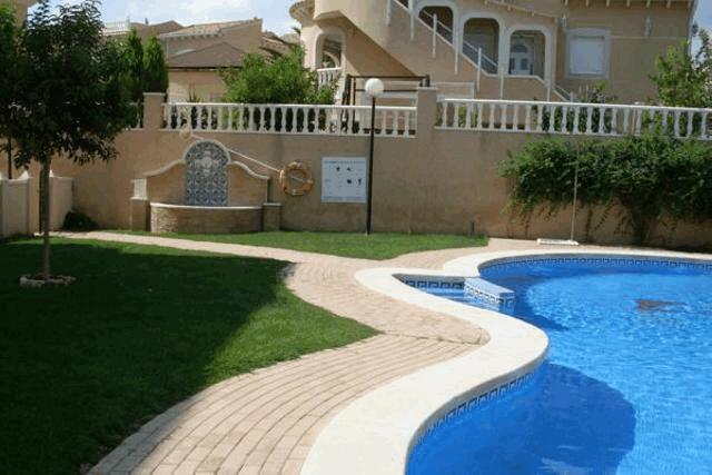 itsh 1553589344PVIFKX ref 1109 mobile 15 Communal pool Villamartin