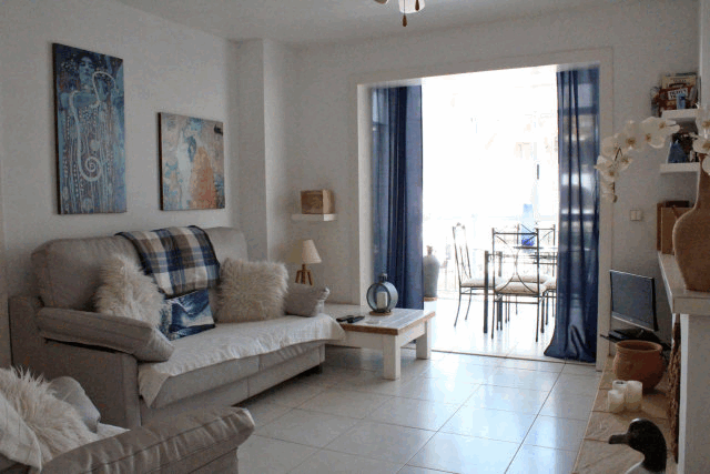 itsh 1554131329TLDQOX ref 1741 mobile 3 Spacious living room Villamartin Plaza
